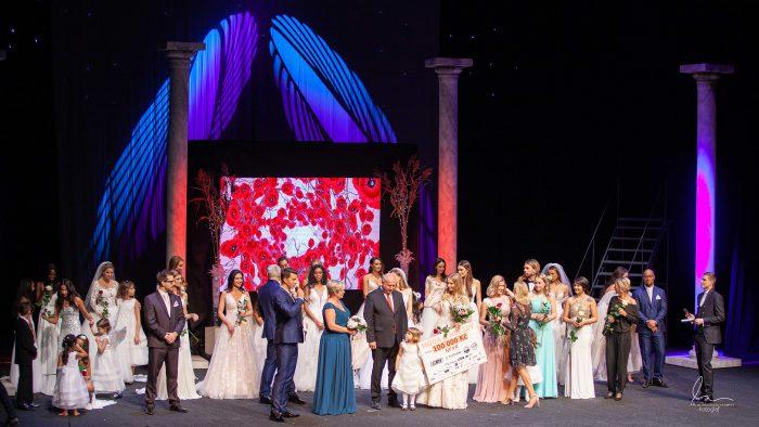 Modní přehlídka moda hvězdy svatební salon delta